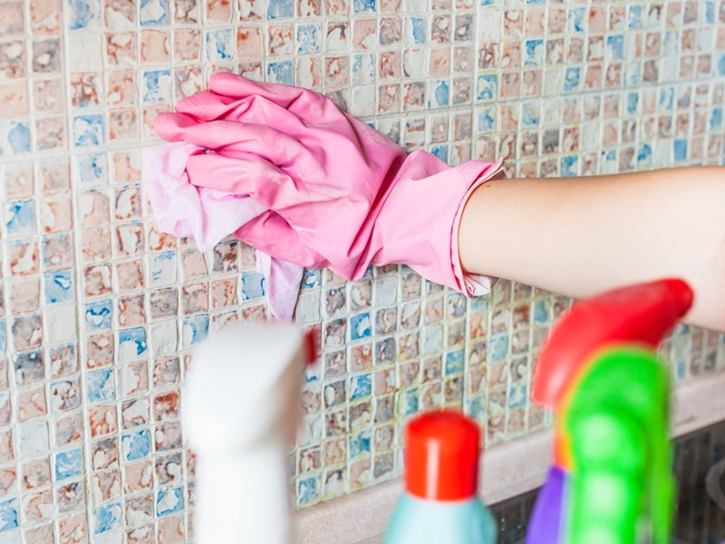 How to Clean Ceramic Tiles Without Leaving a Trail of Destruction