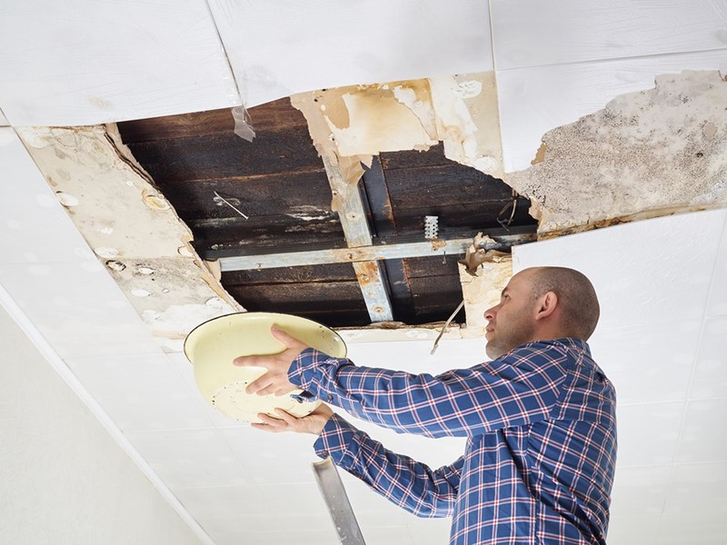 The Common Mistakes to Avoid When You Repair a Water Damaged Ceiling